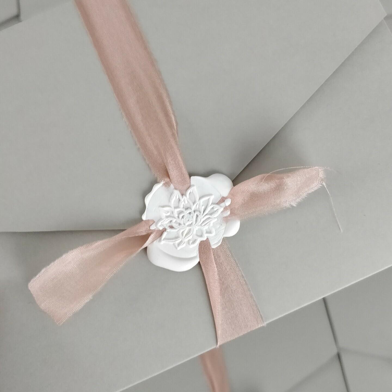 Papeterie, Einladung Pocketfold, Siegel, Sukkulente, grau, Seidenband