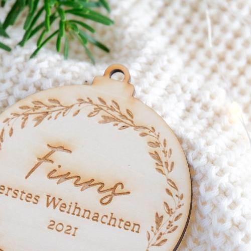 """Personalisierter Weihnachtsbaumschmuck Kugel """"Ranken"""""""