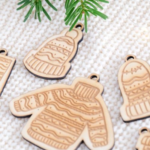 """Weihnachtsbaumschmuck Ornamente """"Kleidung"""""""